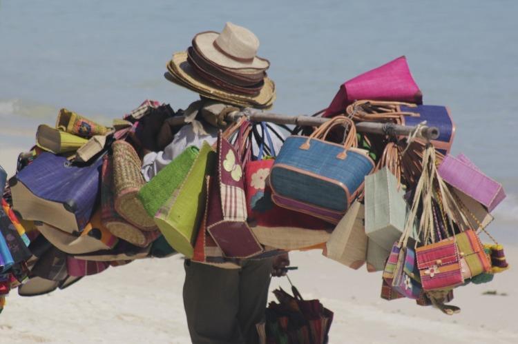 venditore spiaggia.jpg
