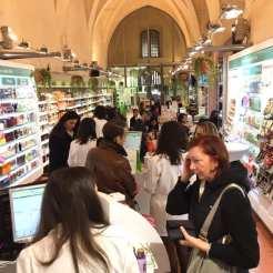 farmacia Lloyds festa piazza maggiore