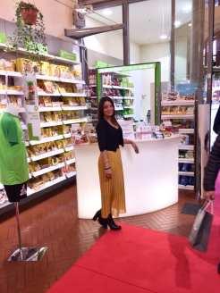 farmacia Lloyds piazza maggiore festa