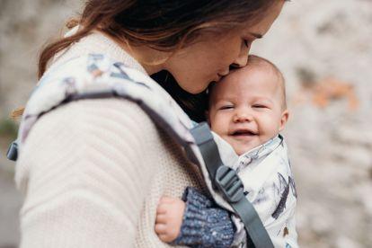 Salone del Babywearing bambino in fascia